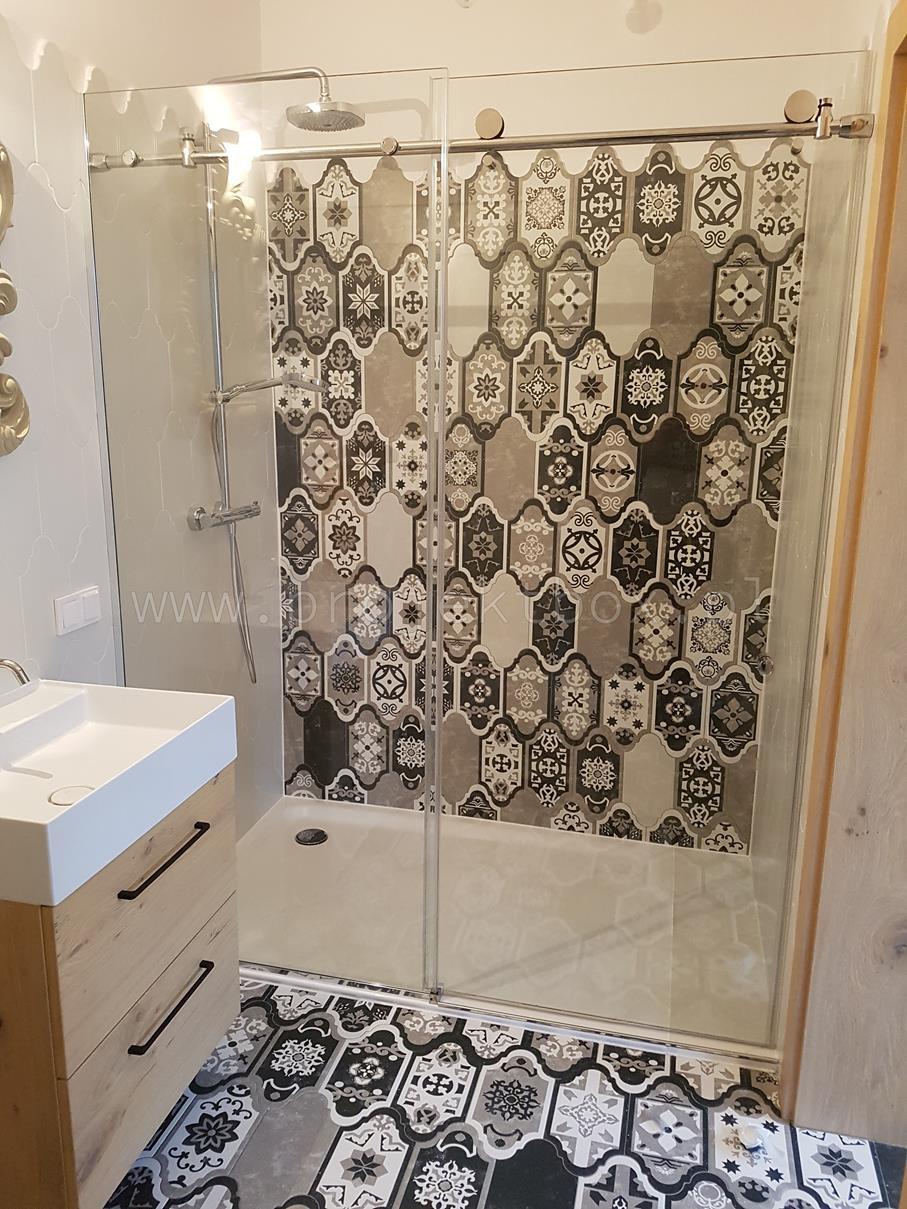 2020-06-29 Kabina prysznicowa z drzwiami przesuwnymi (2)